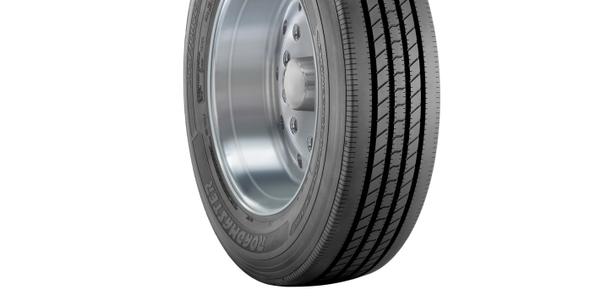 Roadmaster RM272 Tire