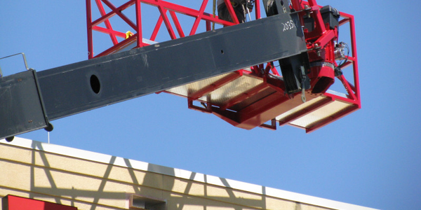 Work range and platform capacity are dependent on crane capacity. (Photo: reachallplatforms.com)