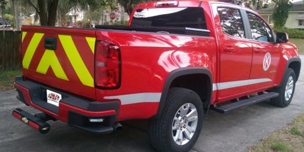 Chevrolet Colorado with 424 Sparebumper Attenuator in black, courtesy of Super Bumper.